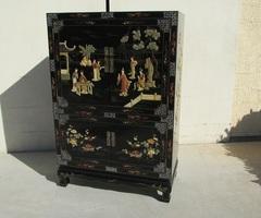 Cabinet chinois , armoire asiatique laqué , pierre et nacre,vendu