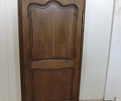 Bonnetière en chêne , armoire une porte