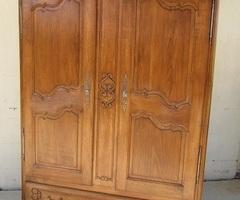 Belle armoire-lingère-penderie en chêne