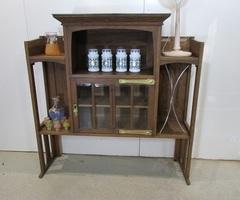 Haut de buffet Art Nouveau reconverti , vendu