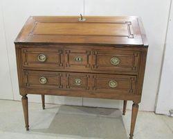 Secrétaire dos d'ane de style Louis XVI : PROMO :420 €