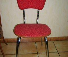 Lot de 6 chaises Seventies, rouges , Promo : 90 €