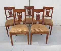 Lot de 5 chaises en merisier massif chevillé , vendues