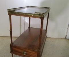 Table bouillotte rectangulaire, bois, marbre et laiton