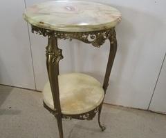 Sellette , guéridon en bronze de style Louis XV , vendu