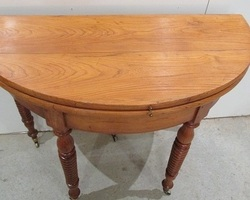Table ronde demi-lune , console ancienne