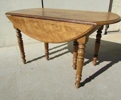 Table ovale de salle à manger ouvrante pour 12 convives ,vendu