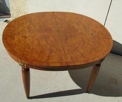Belle table ovale, loupe d'orme , vendu