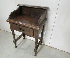 Petit meuble d'appoint, bureau ,vendu