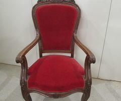 2-Fauteuil Louis XV en noyer , vendu