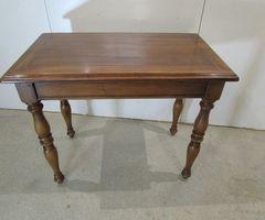Table d'écriture, petit bureau , vendu