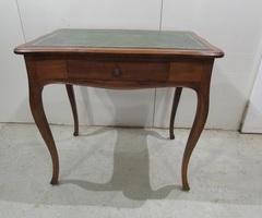 Table d'écriture , bureau ,vendu