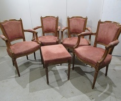 2 fauteuils et un pouf , de style Louis XVI ,vendu