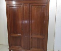 Lingère , armoire moderne , vendu