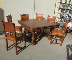 Table rectangulaire noyer,jusqu' à 16-18 personnes ,vendu