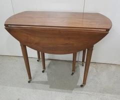 Table ronde de salle à manger , vendu
