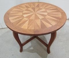 Table ronde de salon marquetée , vendu