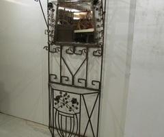 Vestiaire ancien en fer forgé martelé ,vendu