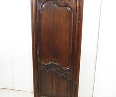 Bonnetière ancienne en chêne de style Louis XV