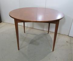 Table ronde ouvrante scandinave ,vendu