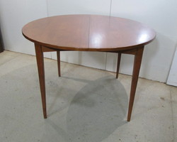 Table ronde ouvrante scandinave