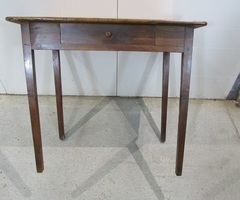 Table d'écriture en merisier avec tiroir ,vendu