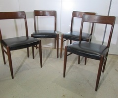 4 chaises scandinaves , incontournables
