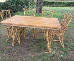Salon , table et chaises de jardin en bambou , vendu