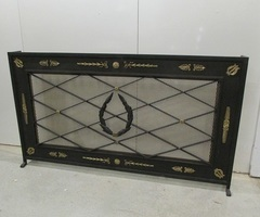 Cache-radiateur , écran de cheminée , pare-étincelles