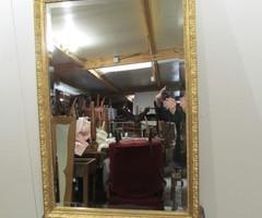 Beau miroir rectangulaire doré ,vendu