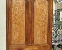 Grande armoire lingère Louis Philippe en noyer et loupe, Promo : 710 €