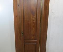 Bonnetière , encoignure , meuble d'angle haut