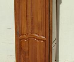 Bonnetière en merisier de style Louis XV , vendue