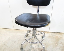 Chaise industrielle des annees 50