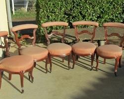 Lot de 5 chaises dites ponteuses ou voyeuses, Napoléon III , en acajou