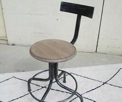 Chaise pivotante d'atelier, style indus