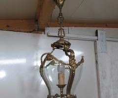 Lanterne, lustre en bronze et verre , vendue