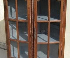 Meuble d'angle, encoignure vitrée en chêne , vendue