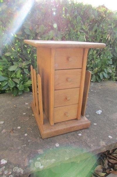 petit meuble d 39 appoint bar chevet table de salon porte. Black Bedroom Furniture Sets. Home Design Ideas