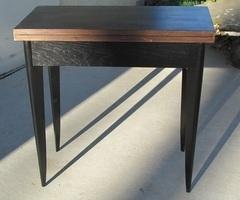 Table porte-feuille , table console , à jeux en acajou, vendue