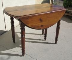 Table ronde 6 pieds ouvrante pour 20 personnes , vendue