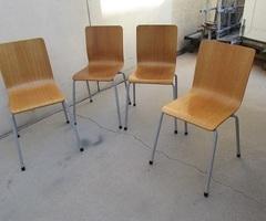 Chaise en bois empilable , chaise de collectivitévendues
