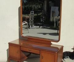 Coiffeuse anglaise , pieds chippendales et grand miroir