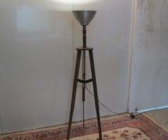 Lampe trépied d'ambiance , lampadaire