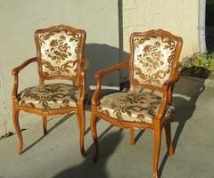 Paire de fauteuils de style Louis XV , 1970s