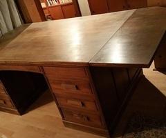 Bureau de notaire, meuble de métier, table de drapier