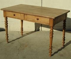 Bureau plat , table d'écriture en ormeau, vendue