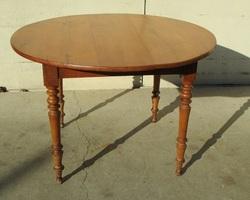 Petite table ronde en merisier, 1900s