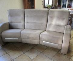 Canapé relax électrique en alcantara de couleur taupe vendu