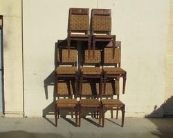 Lot de 8 chaises contemporaines , très en vogue